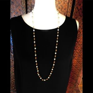 Dainty feminine gold and pearl necklace
